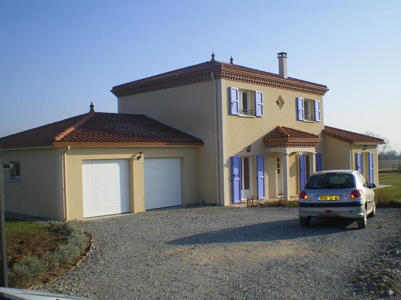 Maison simple étage style bastide