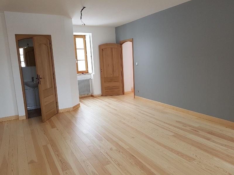 parquet pin massif parquet special salle de bain awesome parquet salle de bain parquet. Black Bedroom Furniture Sets. Home Design Ideas